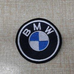 BMW 2 - Medidas 5 x 5 cms.